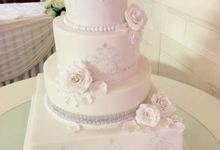 Wedding Cakes Shops Suppliers My Wedding Suppliers Uk