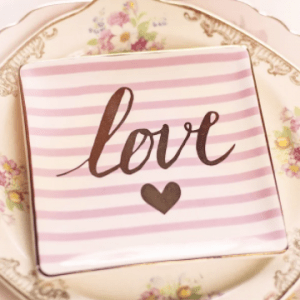 20th Wedding Anniversary Gifts – Top Platinum And China Gift Ideas